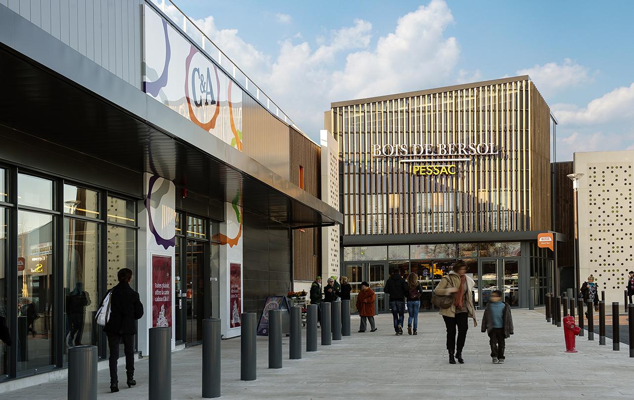 Centre commercial angers free trois nouvelles enseignes for Garage ad angers st serge